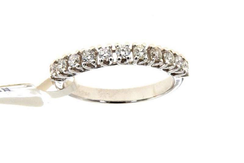 fedina-di-diamanti-con-oro-bianco