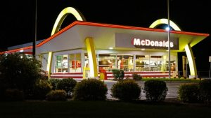 Feste di compleanno da McDonald keyword rich_800x451