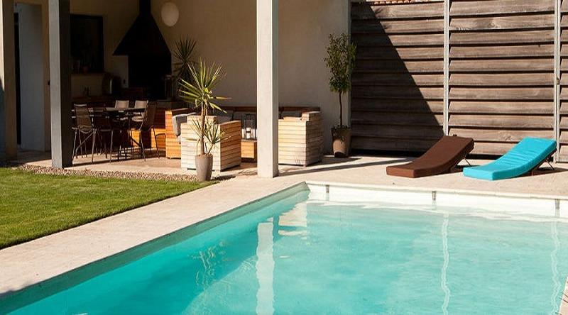 1. Installare una piscina nel proprio giardino tutto quello che bisogna sapere_800x444