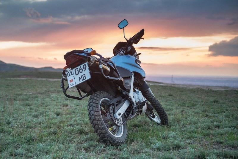 moto per enduro stradale quale scegliere_800x534